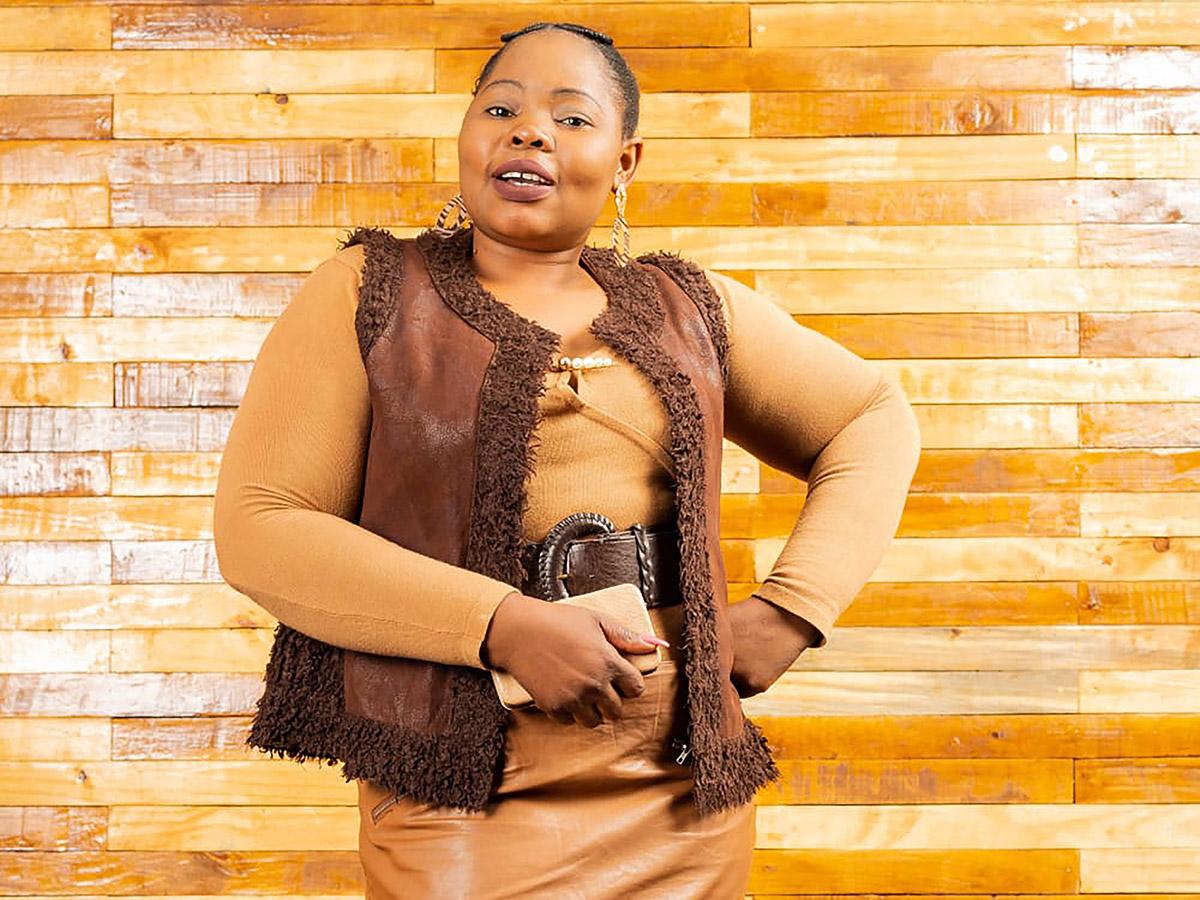 Minah Mkhavele, 35