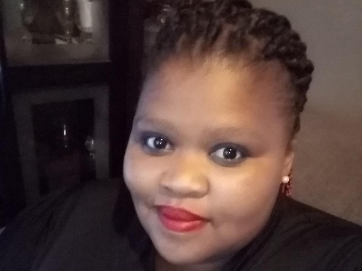 Vuyokazi Nkevu Langbooi, 38